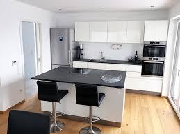 küche in schäftlarn in schwarz weiß ist eine richtige traumküche