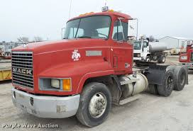 1992 Mack CH613 Semi Truck | Item CB9948 | SOLD! May 11 Cons... Freightliner Trucks In Iowa For Sale Used On Buyllsearch 1986 Semi Truck Item Bz9906 Sold November 48 Flatbed Trailers For Irving Denton Txporter Truck Truck Trailer Transport Express Freight Logistic Diesel Mack Ari Legacy Sleepers 2001 Sterling At9500 Sale Sold At Auction July 21 Dons Auto Hauling Corngrain Bins Farm Proud To Be A Farmer Minnesota Railroad Aspen Equipment Jordan Sales Inc 2007 Columbia Cl120st E4650 Show Historical Old Vintage Trucks Youtube