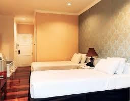 100 Room Room Standard