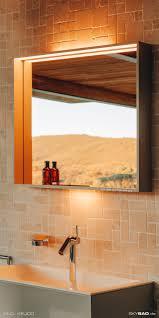 moderner beleuchteter badezimmer spiegel mit ablage skybad