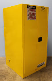 Justrite Flammable Cabinet 45 Gallon by Justrite Sure Grip Ex 896000 Flammable Safety Cabinet 60 Gallon