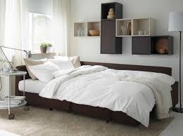 Friheten Corner Sofa Bed by Moderne Stue Med Brun Friheten Sovesofa Valje Veggskap I Brunt Og