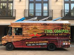 100 Tres Truck Compas Mexican Grill Orange County Food S Roaming Hunger