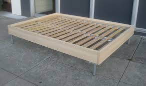 com murray platform bed with wooden box frame mahogany and no
