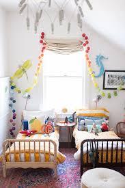 deco chambre d enfants chambre d enfant partagée comment aménager et décorer