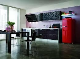 cuisine smeg cuisine design avec verre effet baroque