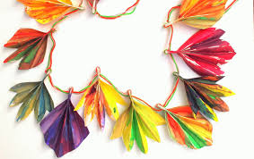 Easy And Beautiful Painted Accordion Folded Fall Paper Leaf Banner Great Craft To Make With