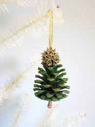 Pine Cone Christmas Tree Ornaments Crafts by 26 Best Diy Christmas Ornaments Images On Pinterest Diy Chicken