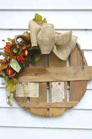 Crab Pot Christmas Trees Davis Nc by 27 Best Crab Lids Decor Images On Pinterest Crabs Maryland And