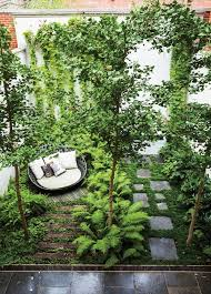 Backyard Decorating Ideas Pinterest by Best 25 Backyard Hill Landscaping Ideas On Pinterest Hill