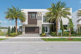 100 Miami Modern Style Makes A Splash With Buyers Builder
