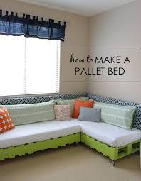 DIY Kids Pallet Bed