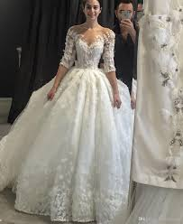 Vintage Ball Gown Wedding Dresses Poet Half Sleeves Sheer Neck 3d