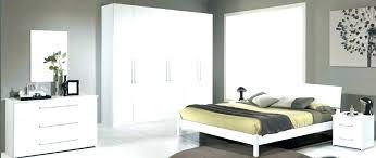 chambre a coucher complete conforama lit city laque blanc chambre a coucher peinture chambre coucher