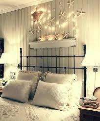 hinter bett wand dekor dekoration ideen schlafzimmer