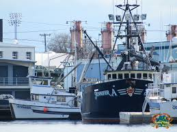 Wizard Deadliest Catch Sinks by Ak Commercial Fishing Boats Ak Crabbers Gillnetters Seiners