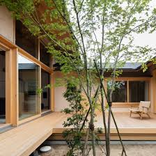 100 Court Yard Houses Hiiragis House Is A Japanese Home Arranged Around A Courtyard And Tree