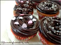 Cupcake Is A Small Cake Meant For One Person And Can Be With Or Without Frosting Batter Used Baking Cakes To Bake Cupcakes Too