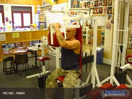 Pec Deck Exercise Alternative by 28 Pec Deck Flyes Alternative Free Weights Vs Machines Gym