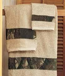 Realtree Camo Bathroom Set by Best 25 Camo Bathroom Ideas On Pinterest Camo Home Decor