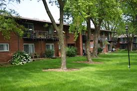 100 Canford Cliffs 1485 S Dr 2A Mount Prospect IL 60056 MLS 10442706 Coldwell Banker
