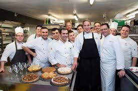 equipe de cuisine un dîner à quatre mains au chalet d adrien en suisse bernard