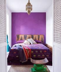 violette wand streichen schlafzimmer trendfarbe 2018 violet