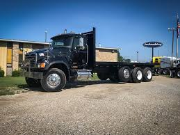 Flatbed Trucks For Sale - Truck 'N Trailer Magazine