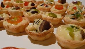 m canape wedding catering tips from the experts help i m getting married