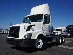 2012 VOLVO VNL64300 TANDEM AXLE DAYCAB FOR SALE #9304