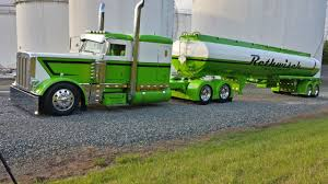 Pictures Of Green peterbilt Tanker | Green Truck | Rigs ...
