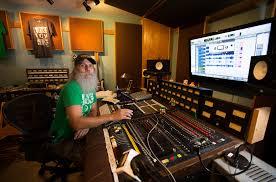 100 Hope Street Studios Nashville Producer Fights For Backyard Studio As HomeStudio Owners