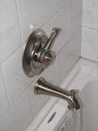 Bathtub Faucet Dripping From Spout by Plumbing Why Does My Shower Head Drip When The Tub Faucet Is On