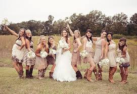Dresses To Wear A Barn Wedding Awesome How Plan Rustic