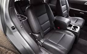 Luxury Suv With Second Row Captain Chairs by Three Row Crossover Suv Comparison Chevrolet Traverse Vs Dodge
