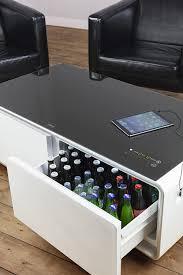 caso sound cool kombi aus getränkekühler soundbar und lounge tisch bluetooth klangvoller sound ideal für lounge bereich das wohnzimmer oder
