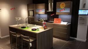 des cuisines toulouse magasin de cuisine toulouse top cuisine plus colomiers awesome