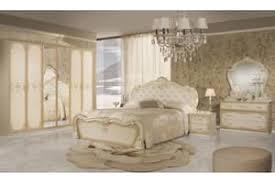 barock schlafzimmer set lavinia in beige 4 teilig mit kommode spiegel 6 türig