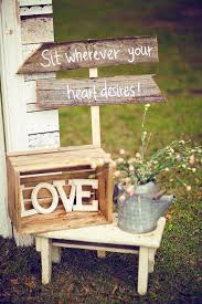 Outside Country Wedding Ideas Spring Best 25 Rustic Weddings On Pinterest Rainbow Themed