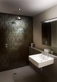 gorgeous damask tile