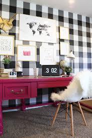 How To Buffalo Checkered Gingham Wall Black White Wallpaper Diy Tutorial Spring Decor Design Trends