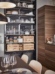 moderne küche in nussbaumoptik inspiration ikea deutschland