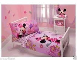 Minnie Mouse Bedroom Decorations by Minnie Mouse Bedding Ebay