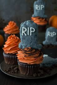 These Fun Halloween Tombstone Cupcakes Are Made With Chocolate And Rice Krispie Treats That