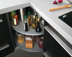 rangement d angle cuisine les rangements dans la cuisine des angles rusés inspiration