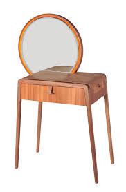 100 Em2 Design PENTEADEIRA NENA De Mariana Betting Ferrarezi E