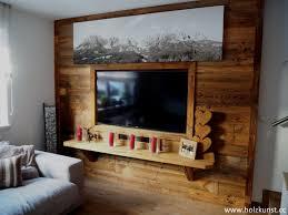 wandverbau aus original sonnenverbranntem altholz