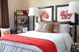 Bedroom Decorating Ideas Without A Headboard