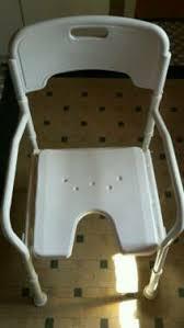 duschstuhl stuhl badehilfe weiß dusche senioren neuwertig