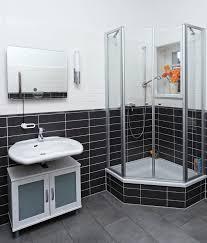 carreler une salle de bain on decoration d interieur moderne